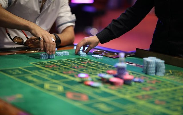 Tips to bet on domino 99 website